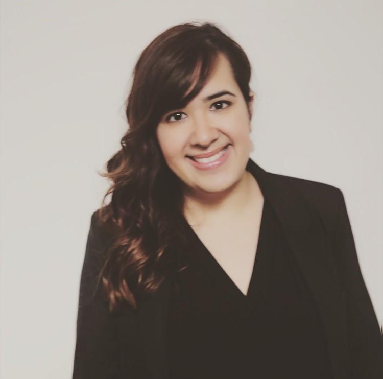 Ms. Alemany | English Teacher